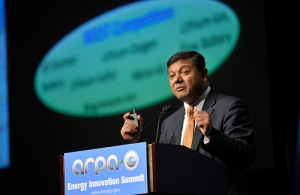 Arun Majumdar speaks from the podium at the ARPA-E Energy Innovation Summit in Washington, D.C. (Photo credit: ©Ken Shipp/DOE Photo, via Flickr user Energy.gov)